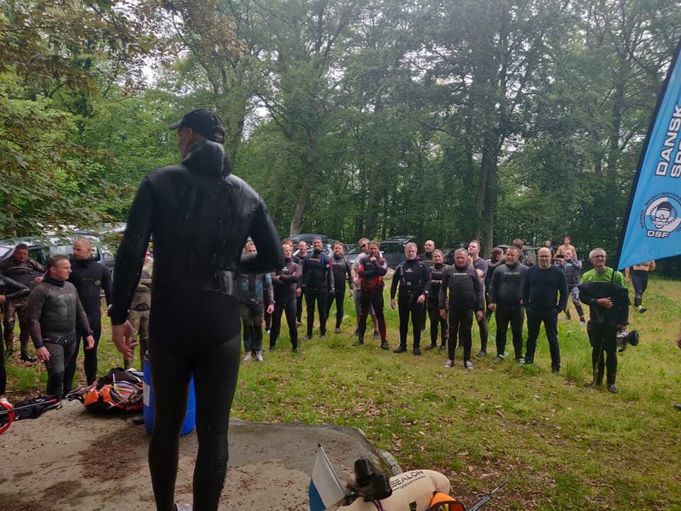 dm feltet - Undervandsjagt ulykker, lungeskader, reverse block, hajer og fjæsing - 45