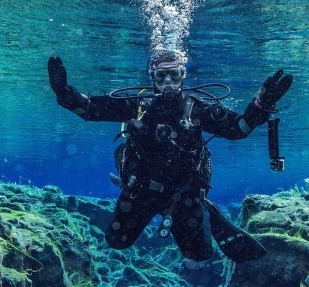 underwater 3237942 1920 e1582282554767 450x417 - Våddragt