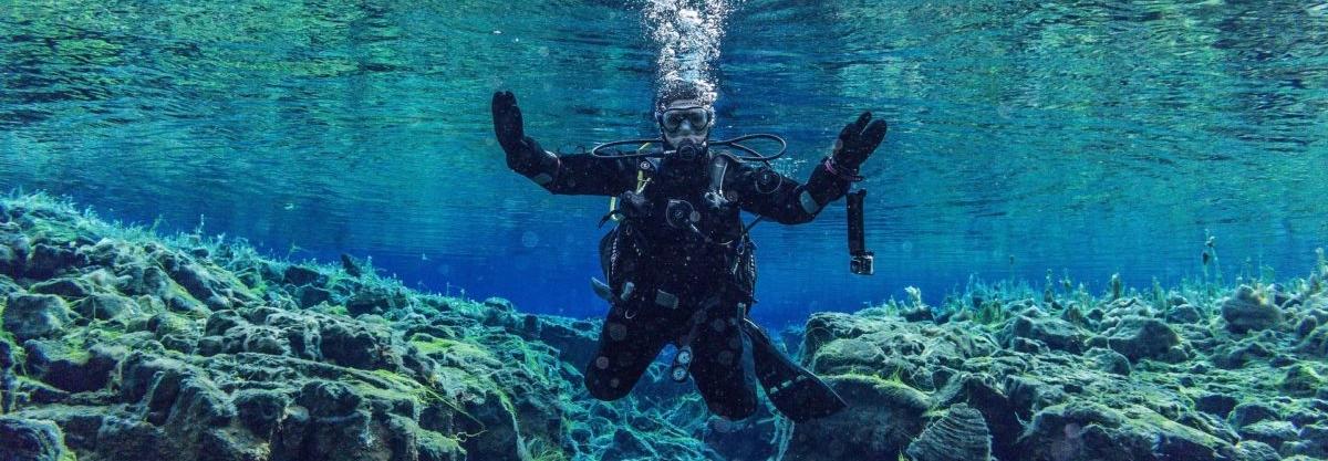 underwater 3237942 1920 e1582282554767 - BCD veste til dykning
