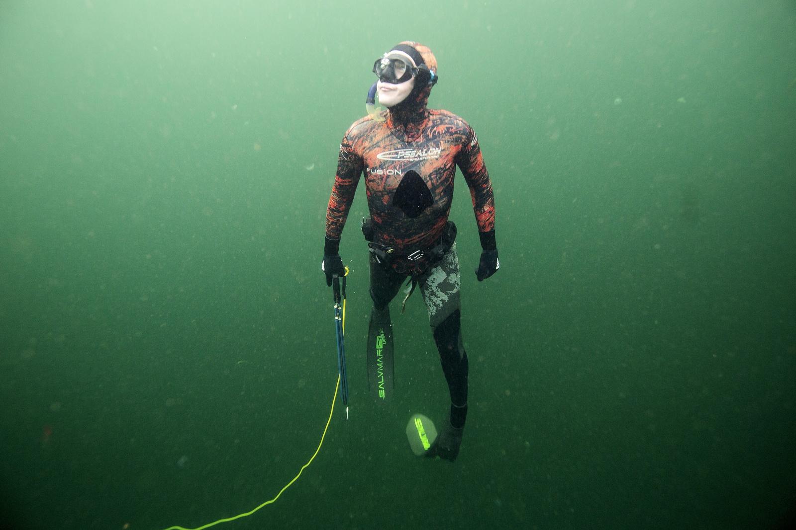 R4B6856 low res - Undervandsjagt - Morten i Go Morgen Danmark